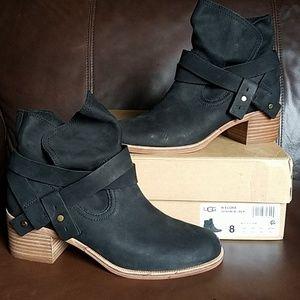 NWT UGG Black Elora Boot Womens Size 8
